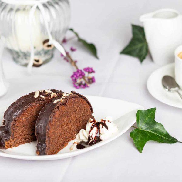 Schokoladenkuchen mit Mandelstreusel